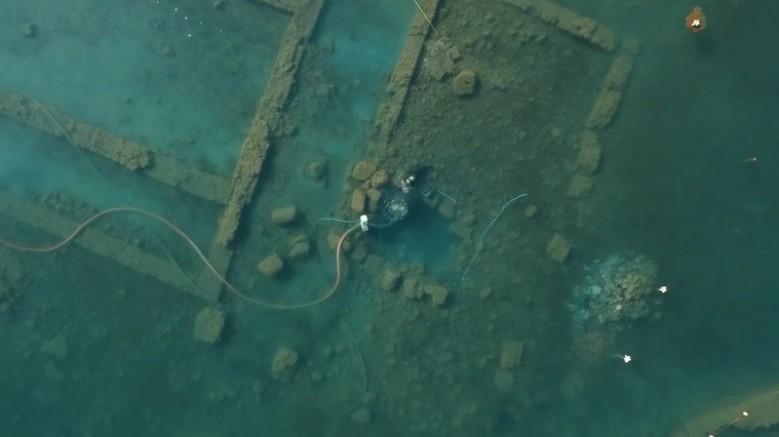 100 yılın keşfi su altından böyle görüntülendi