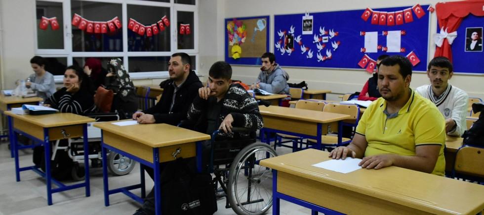 750 engelli öğretmene iş