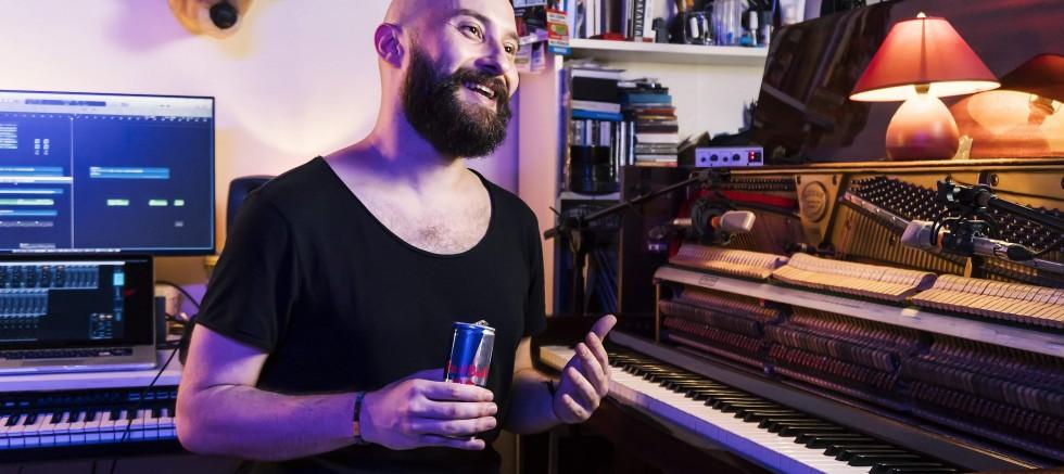 Çağrı Sertel müziğin sınırlarını zorladı